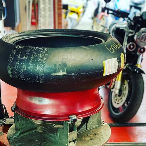 motorbike tyre fitting